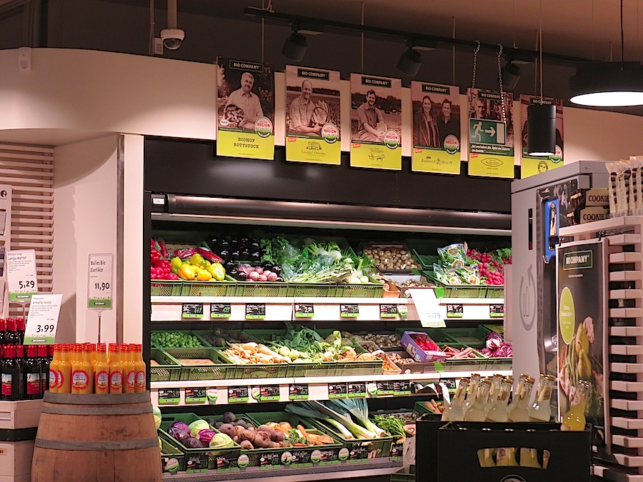 Pictures of regional partners in a Bio Company supermarket.