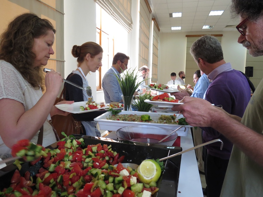 Organic food at the 18th OWC.