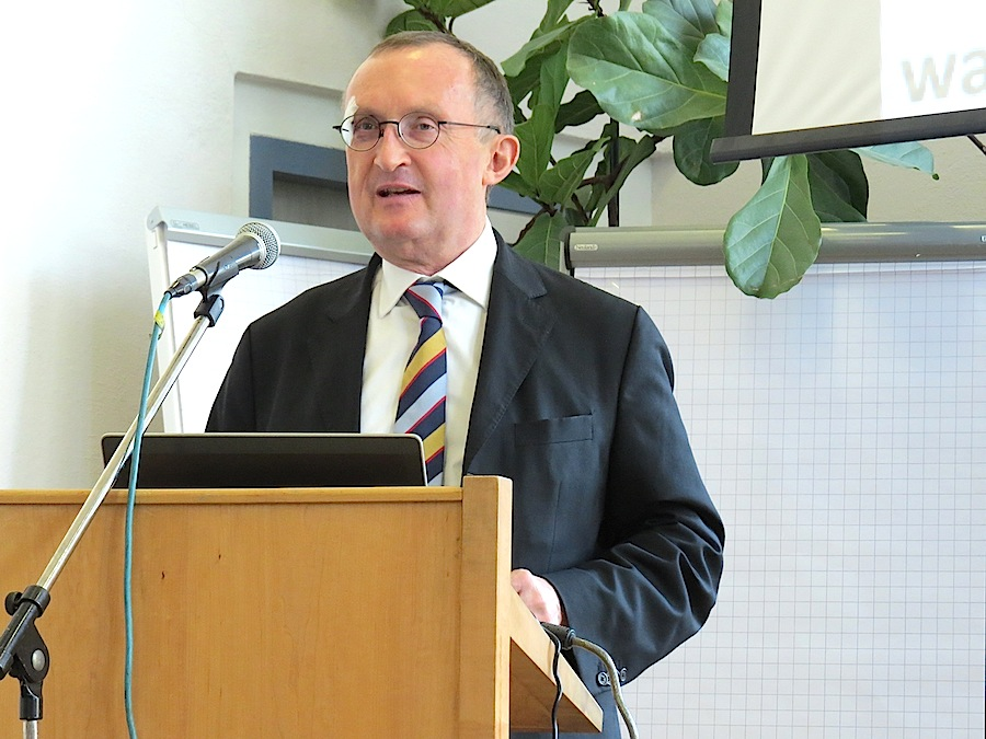 Lawyer Hanspeter Schmidt gave an update of the EU Organic Regulation